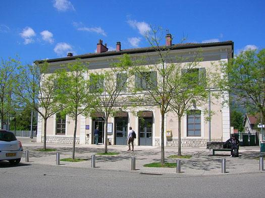 Gare de Gières (38610)