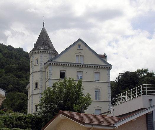 Chateau Perriere à Poisat (38320)